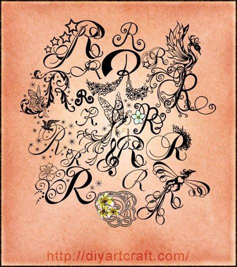 tatuaggi lettere r lettera maiuscola r in 19 stilizzazioni da collezionare