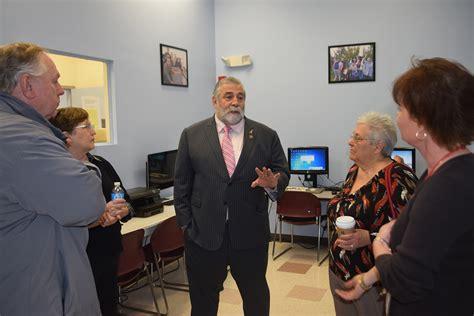 Ferraro Visits The West Haven Community House 187 Connecticut House