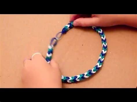 Rubber Band Necklace With Loom by Make A Fishtail Rubber Band Necklace With Tweezers