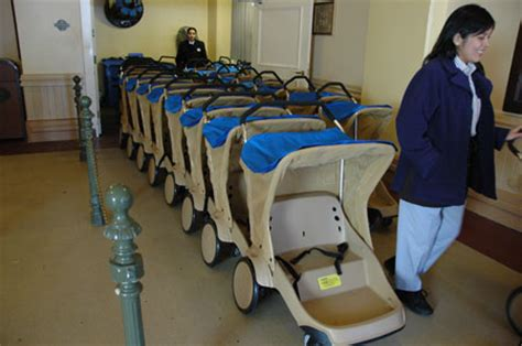 Crib Rental Orlando Fl by Disney World Strollers And Stroller Rentals
