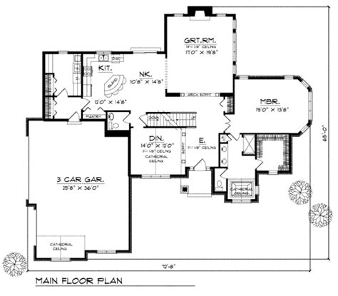390 square feet traditional style house plan 3 beds 2 5 baths 2439 sq ft