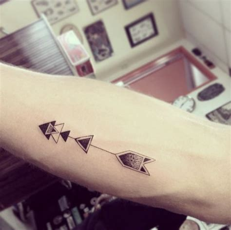 cute simple minimalistic style tattoo tattoomagz