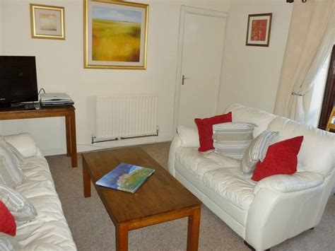 two bedroom apartment dublin holiday apartment rentals 2 bedroom apartment dublin 4