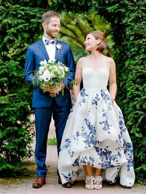 Best 25  Slinky wedding dress ideas on Pinterest   Sexy