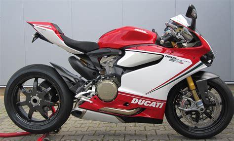Motorrad Auf Italienisch by Umgebautes Motorrad Ducati 1199 Panigale S Tricolore Von