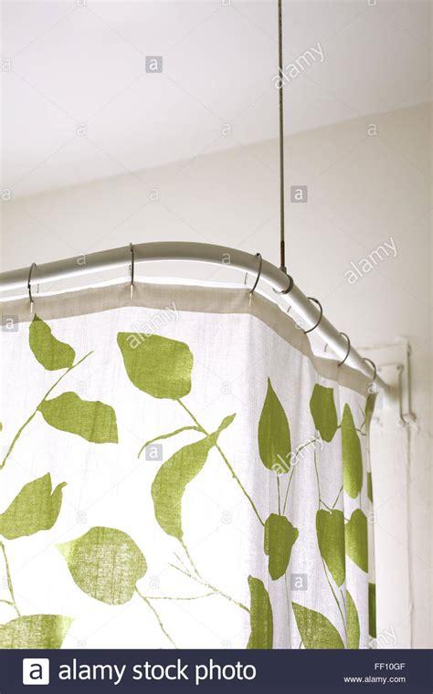 duschvorhang bilder shower curtain stockfotos shower curtain bilder alamy