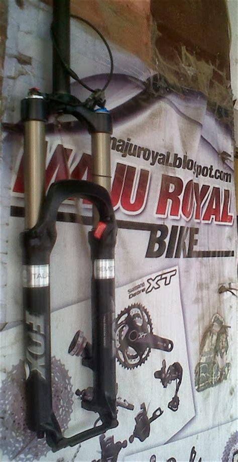 Fork Fox 8 Putih fork dan suspensi sepeda gunung jual fork dan suspensi