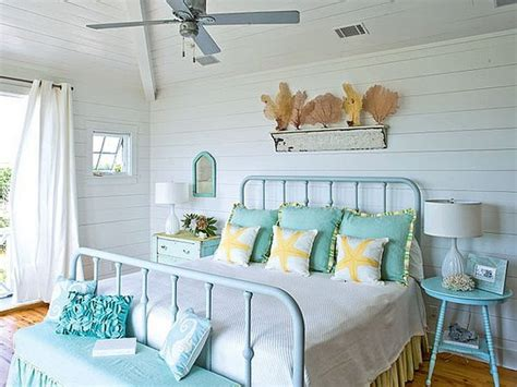 coastal style decorating ideas 16 beach style bedroom decorating ideas