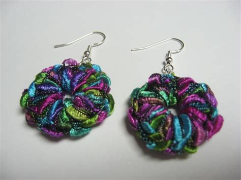 Yarn Earrings Pattern | crochet trellis ladder railroad ribbon yarn earrings color