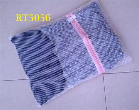 Tempat Baju Kotor Tas Laundry Bag Jaring 30x40cm Zipper Reslet Limited jual jaring laundry tas cucian baju kotor 30 x 40cm rt5056 helfia store