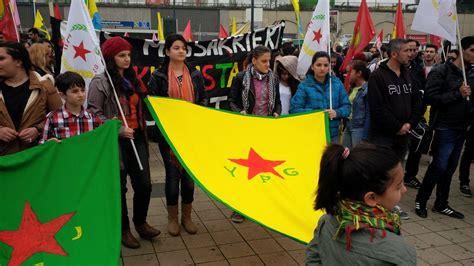 azad teppiche dortmund 1000 menschen gegen is terror und f 252 r kurdistan ruhrbarone