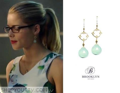 arrow season 3 episode 6 felicity s blue drop earrings