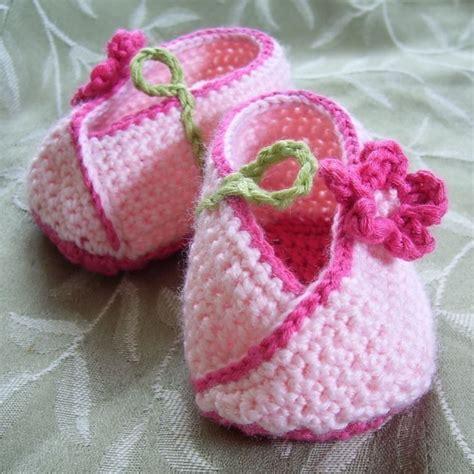 crochet pattern flower motif baby shoes kimono flower crocheted baby shoes pattern pdf felt