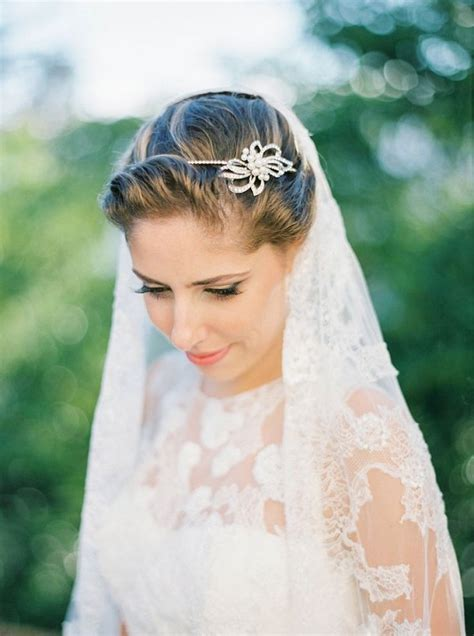 Bridal Hairstyles With Flowers And Veil by Veil And Idea With Bridal Hair Styling