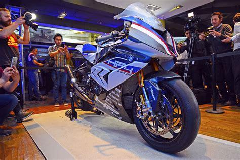 Bmw Motorrad Chile La Dehesa by Bmw Motorrad Inaugura Nuevo Showroom En Chile Y Lanza La