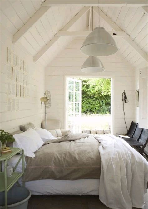 vaulted ceiling bedroom bedroom vaulted ceiling design ideas