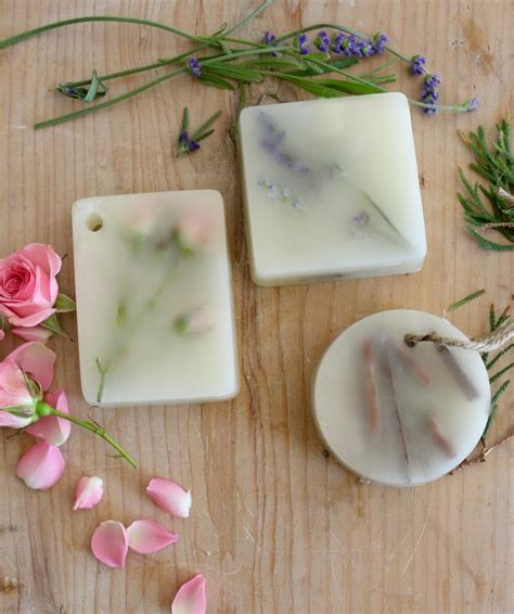How To Keep Dresser Drawers Smelling Fresh by 10 Diy Ideas To Make Your Home Smell Lovely And Fresh