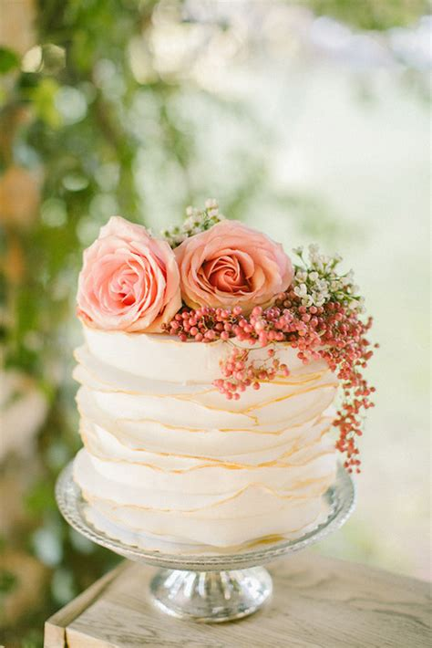 Wedding Cakes For Small Weddings by 10 Gorgeous Textured Wedding Cakes