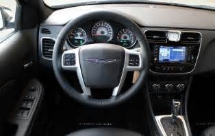 Chrysler Cruze All Around The Cars Chevorlet Cruze Vs Chrysler 200