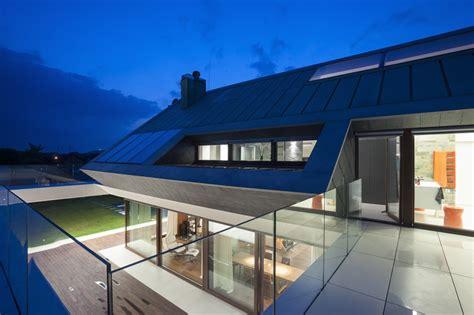 edge house  mobius architecture homedezen