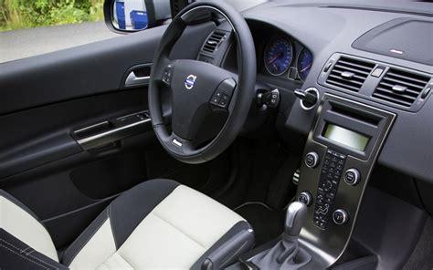 volvo hatchback interior 2009 volvo c30 r design interior photo 7