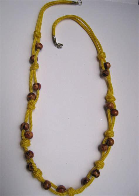 Kalung Yellow menikmenikshop kalung dari tali kur warna kuning