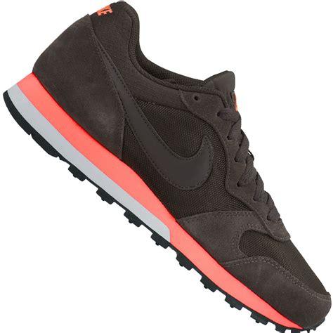 nike md runner 2 wmns damen sneaker velvet brown lava