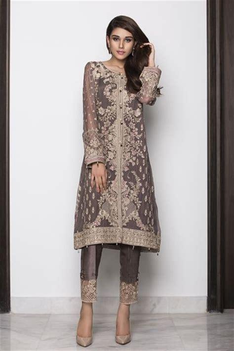 Indian Style Wardrobe by Best 25 Shalwar Kameez Ideas On Indian