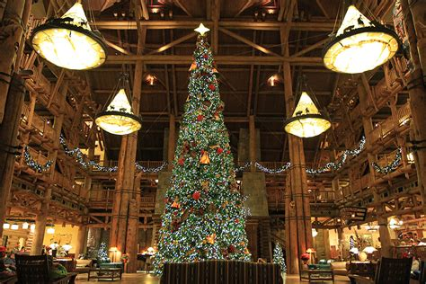 wilderness lodge resort holiday decorations 2009 photo 1