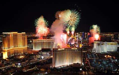 vegas new years fireworks como o mundo celebrou a passagem para 2011