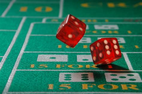 How To Win Money Playing Craps - betting to minimize losses be around for the hot roll