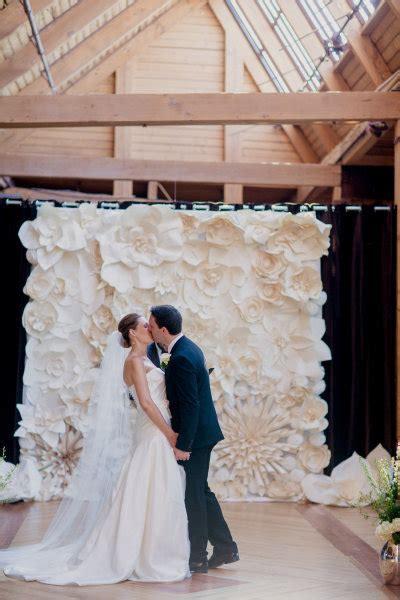 backdrop design for ceremony paper flower ceremony backdrop elizabeth anne designs