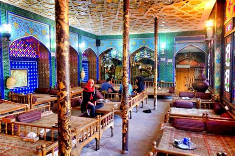 House With Courtyard In Middle by Things To See And Do In Esfahan