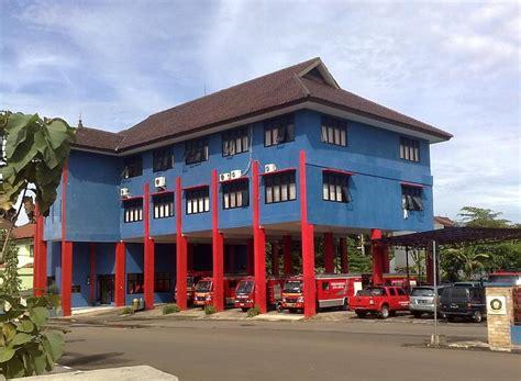 dinas damkar kota depok depok kantor pemadam kebakaran