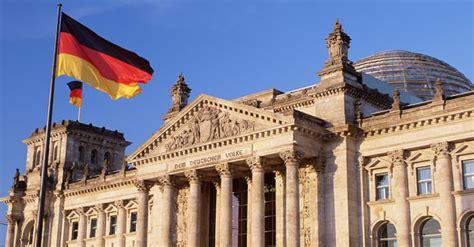lavorare in consolato doppia cittadinanza e germania cittadinanza italiana