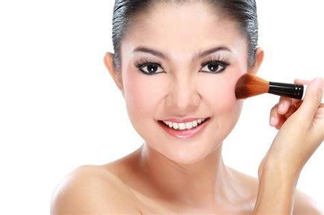 Produk Make Up Zoya jangan asal pakai produk make up punya masa kedaluarsa alodokter