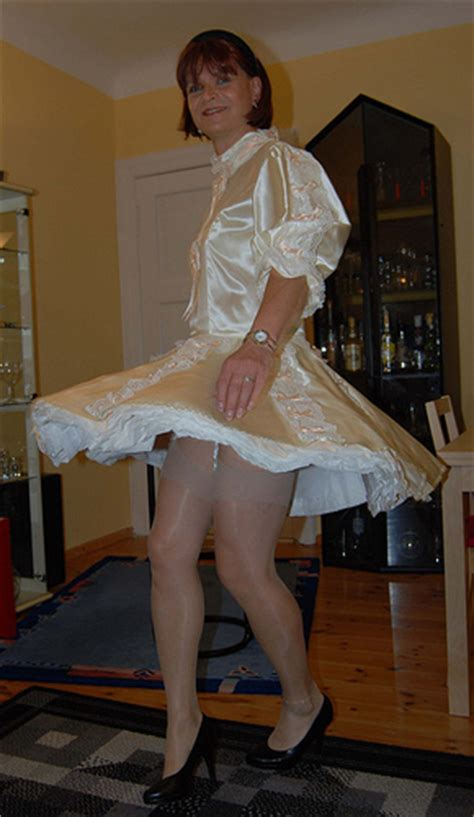 sissy maid flickr sissy maid dancing flickr photo sharing