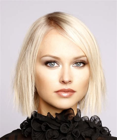 shoulder sweeping bob hair pics short straight formal bob hairstyle with side swept bangs
