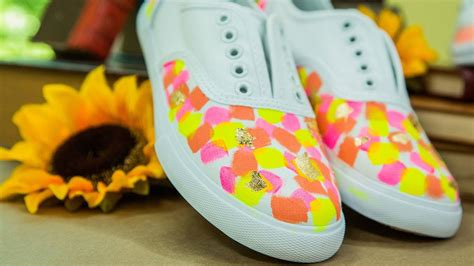 diy custom painted canvas shoes