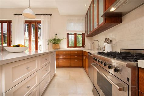 Teak Kitchen Cabinets by 104 Best Images About Mahogany Or Teak Kitchen Cabinets On