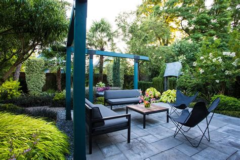 small garden patio design ideas small garden gets tropical makeover garden design