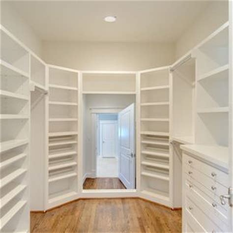 Closet Arrangement by 17 Best Images About Closet Arrangement On Walk In Closet The Two And Closet Designs