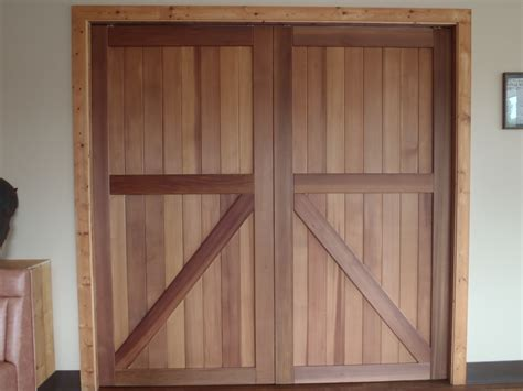 Barn Door Diy And Hardware Home Design Ideas Remodel How To Build A Closet Door