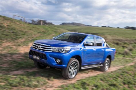 Toyota Truck 2016 All New 2016 Toyota Hilux Enters Global Midsize Truck