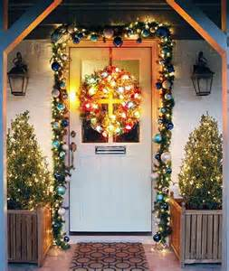 Door Decoration Ideas For Christmas elegant outdoor christmas decoration ideas christmas