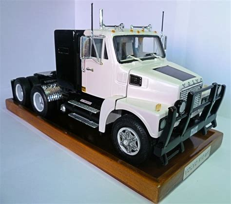volvo semi models volvo n10 1971 my truck model kits pinterest volvo