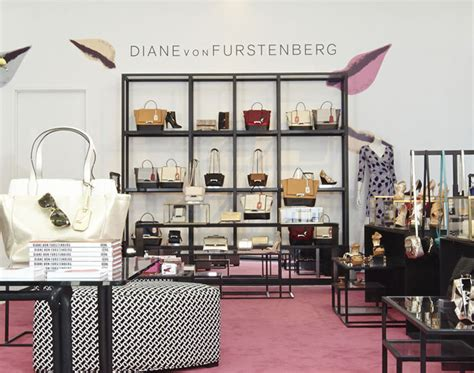 shopping for accessories dvf accessories shop new york 187 retail design