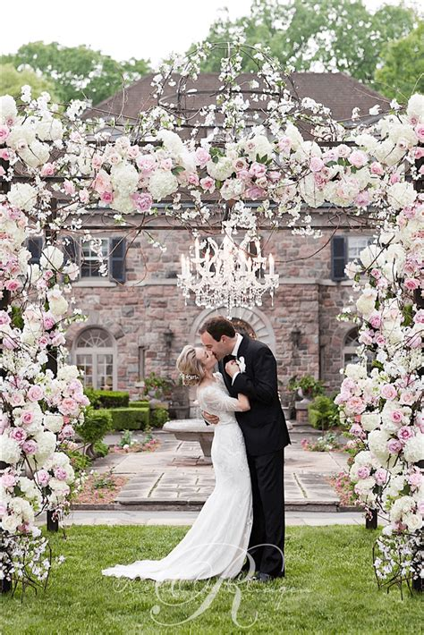 Wedding Ceremony Toronto by Floral Chuppah Toronto Wedding Ceremony Wedding Decor