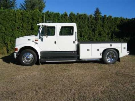 THIS ITEM HAS BEEN SOLD Toters And Trucks 2000 4700 Lo Pro Crew Cab Located In Salem, Oregon
