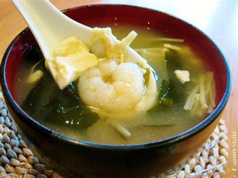 miso soup  tofu seaweed prawn enoki mushroom